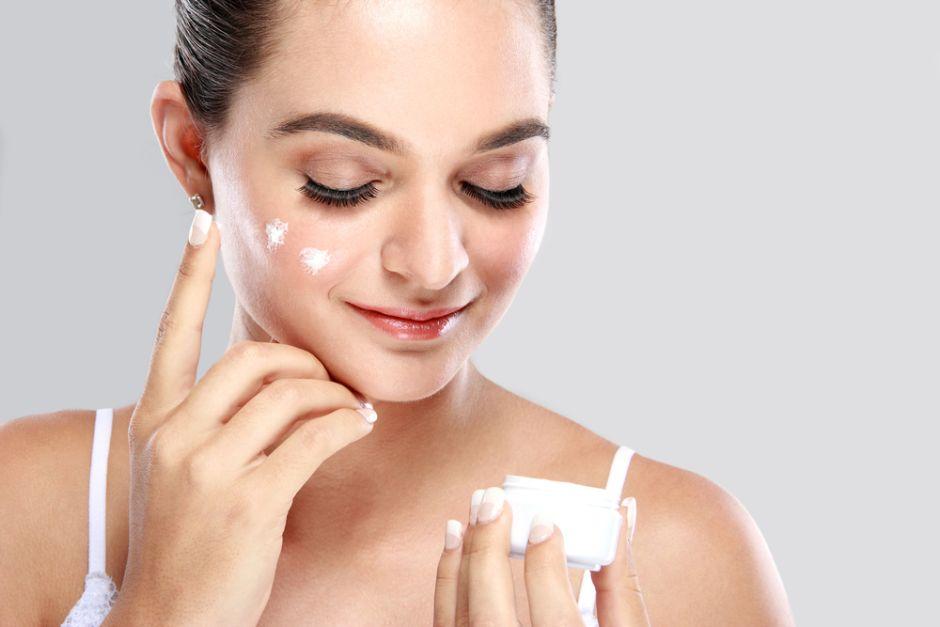 Descubre 9 tips para cuidar tu piel durante el invierno